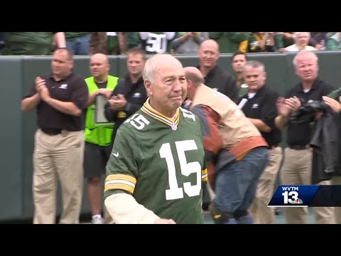 Bart Starr remembered as star athlete, even better person