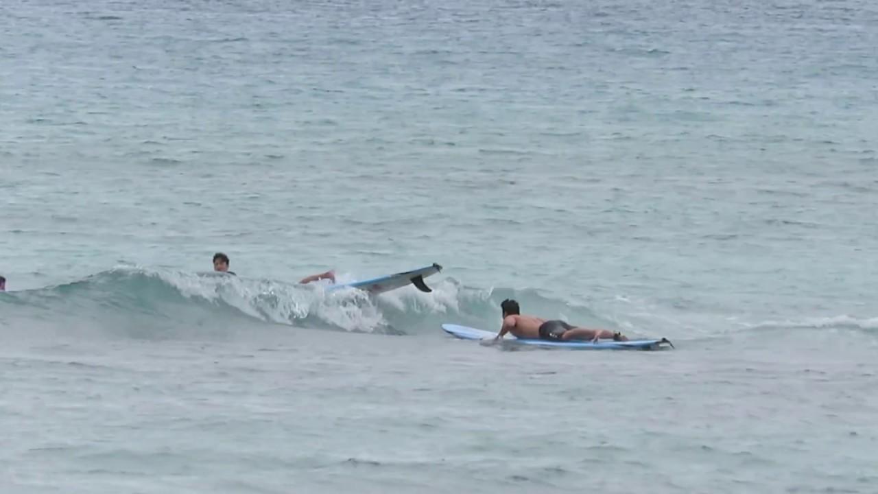 waikiki beach surfer surfing hawaii oahu honolulu 20170215 1