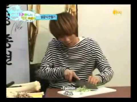 SHINee Minho & Jonghyun Food Prank But....