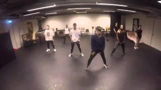 Biên đạo nhảy bật mí một đoạn dance FIRE- BTS