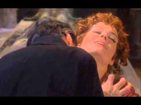 Dracula & Lucy (Комитет - В твоих глазах)