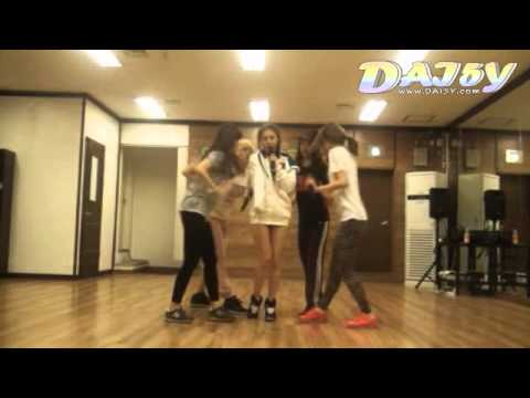 Girl's Day - Twinkle Twinkle Practice Video