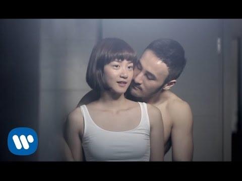 連詩雅 Shiga Lin - 為何要我愛上你 Why Do I Love You (Official Music Video)