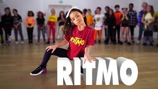 RITMO - The Black Eyed Peas, J Balvin   Kids Street Dance   Sabrina Lonis Choreo
