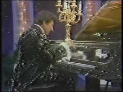 Cars For Less >> Liberace 1984 performing on his rhinestone piano - YouTube