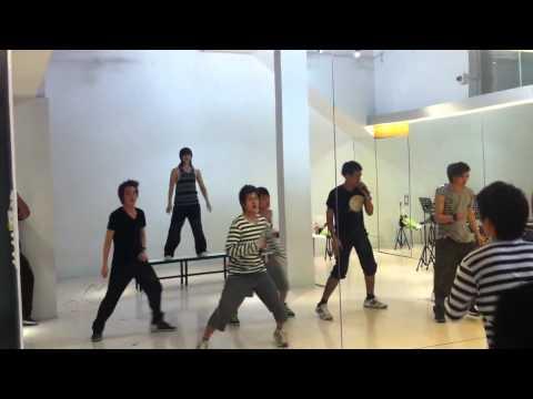 101220 NCT TEN & Teen Superstar Practicing BEAST - 'SHOCK'