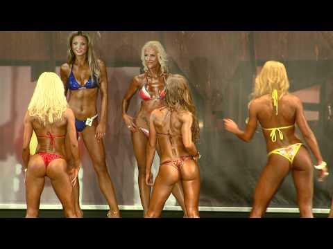 FIBO PRO 2011 - Bikini, Vergleiche - Best Body Nutrition