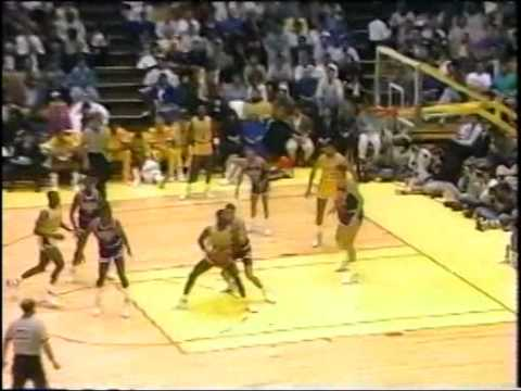 James Worthy Takes The Suns Apart - YouTube