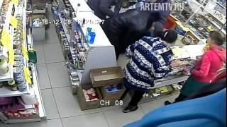 Следователем Артема направлено в суд уголовное дело по факту грабежа  в торговом зале магазина