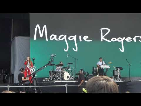 Maggie Rogers - Dog Years at Lollapalooza Chicago 2017