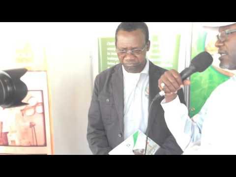 A Dr Alioune Fall à la FIARA avec l'association des boulangers du Sénégal
