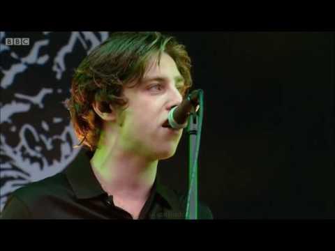 Catfish and the Bottlemen performing Anything @ Glastonbury 2016