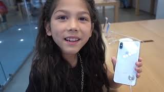 We buy them again the iPhone X and iPad!!! | Familia Diamond
