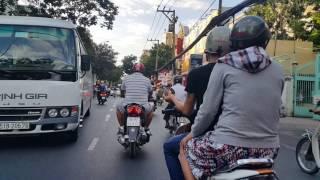 Bờ kè, Trần Quang Diệu,Trương Minh Giảng,Sài Gòn, chiều 18 tháng Giêng