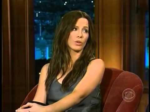 Kate Beckinsale wears no Underwear for Craig - Flirting
