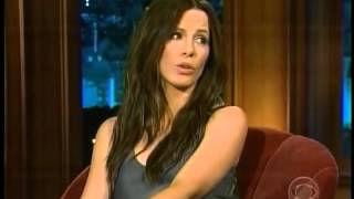 Kate Beckinsale wears no Underwear for Craig - Flirting