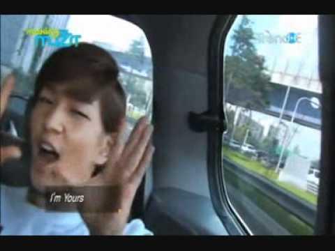Key, Onew, Jonghyun & Taemin singing in car