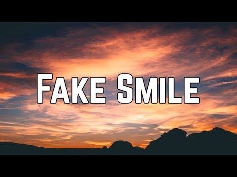Ariana Grande - Fake Smile (Lyrics)