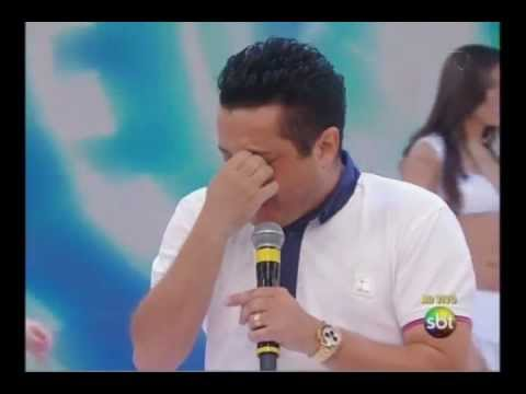 Baixar Juras de Amor - Bruno e Marrone - Bruno se emociona no Domingo Legal (23/10/2011 - ao vivo)