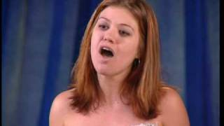 "AMERICAN IDOL SEASON 1 - KELLY CLARKSON'S AUDITION  "" AT LAST""  & REVIEWING COMMENTS FROM KELLY (HQ)"