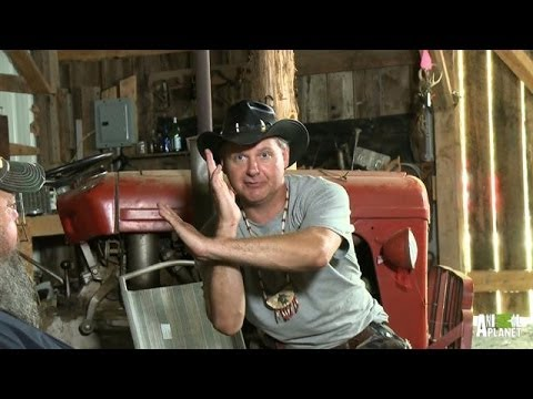 Movie Night: Turtleman Reviews 'Ultraman' | Call of the Wildman - Animal Planet  - 7IWZfjXRtS4 -
