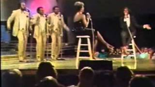 """SOLID GOLD   Dionne Warwick with Gladys Knight & The Pips   """"Midnight Train To Georgia"""""""