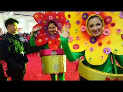 SM San Lazaro's Grand Christmas Parade