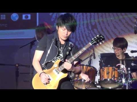 五月天 2 三個傻瓜(1080p)@hTC 新機發佈演唱會