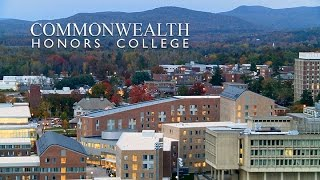 About Commonwealth Honors College