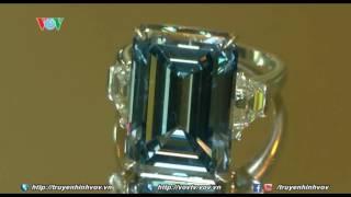 Viên kim cương xanh