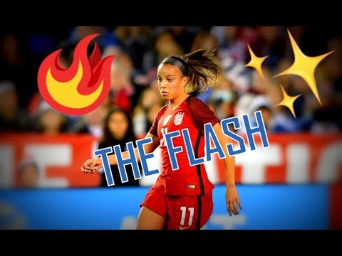 "Mallory Pugh // ""THE FLASH"" 2018 ᴴᴰ"