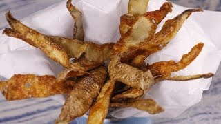 Don't Throw Those Potato Peels Away! Turn Them Into This Crunchy Snack