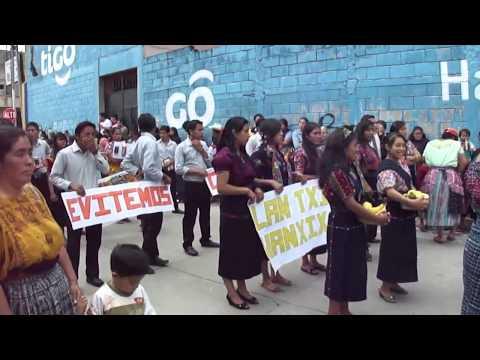 Desfile 14 de Sept. 2013 Básico y Diversificado San Juan Ostuncalco