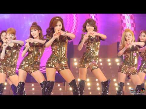 2010/12/02 제12회 한중가요제 소녀시대 - Hoot 직캠 by DaftTaengk