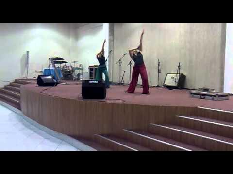Mary e Fernanda - Coreografia - Ressucita.