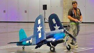 HUGE RC SCALE 1:4 LIGHTWEIGHT 4KG F4U-CORSAIR  (NO HELIUM INSIDE) INDOOR FLIGHT DEMONSTRATION