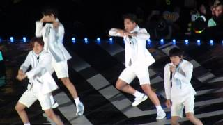 B1A4 at Dream Concert 2015 - Lonely YouTube 影片
