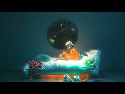 大比良瑞希「無重力」 MV presented by BARNEYS NEW YORK