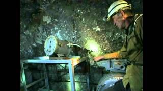 Спуск в шахту