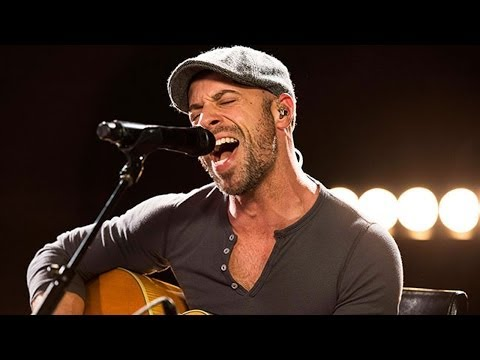 Daughtry covers Chris Isaak's