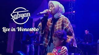 ฟังเพลง ดาวโหลดเพลง Sabyan - EL OUM ที่นี่ 2sh4sh com ค้นหา
