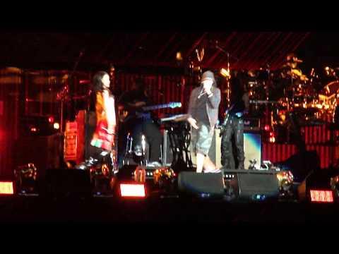 Baixar Love the Way You Lie  (with Rihanna) - Eminem (Monster Tour) Pasadena, CA