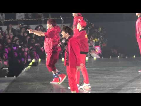 EXO-K Happiness(H.O.T)  20131224 SMTOWNWEEK