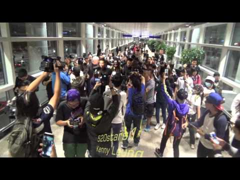 f(x) -  宋茜Victoria(빅토리아) Arrived Hong Kong Airport 20151101