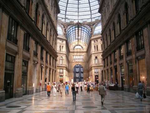 vi presento la mia splendida città, Napoli...