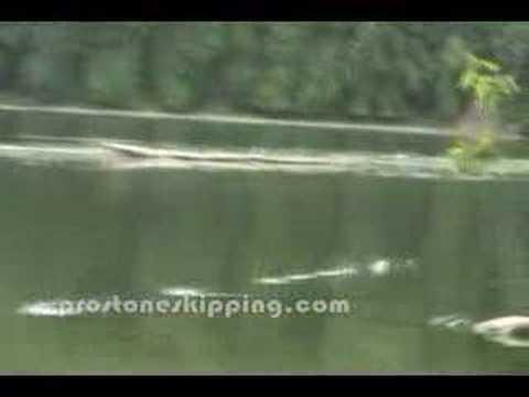 Rekord Świata w puszczaniu kaczek na wodzie (51 odbić)