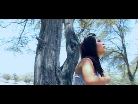ES TARDE PARA AMARNOS CORAZON SERRANO VIDEO CLIP OFICIAL PRIMICIA 2012.