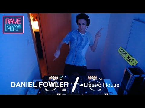 Daniel Fowler at MAMA Radio (Electro House)