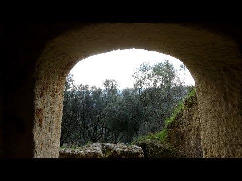 Visita al Museo e alle Grotte di Zungri -Scuola Secondaria di I grado di Cessaniti - 06-04-2017