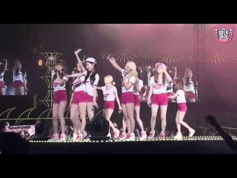 SNSD - TWINKLE+ENDING [GIRLS & PEACE] in SEOUL